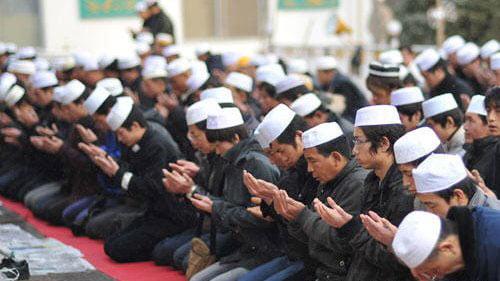 مسلمانان چین - ممنوعیت روزه