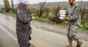 بستههای یک ماهه غذایی ویژه ماه رمضان میان سیلزدگان توزیع میشود