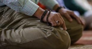 آیا روزه بدون خواندن نماز صحیح و قبول است؟